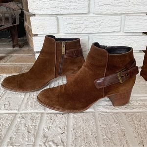 Aquatalia Tracy Round Toe Suede Boot Brown Size 11